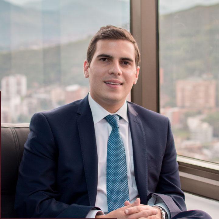 luis-miguel-abogados-colombia-equipo